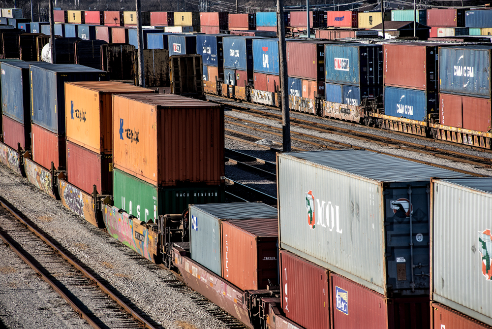 advantages of intermodal transportation