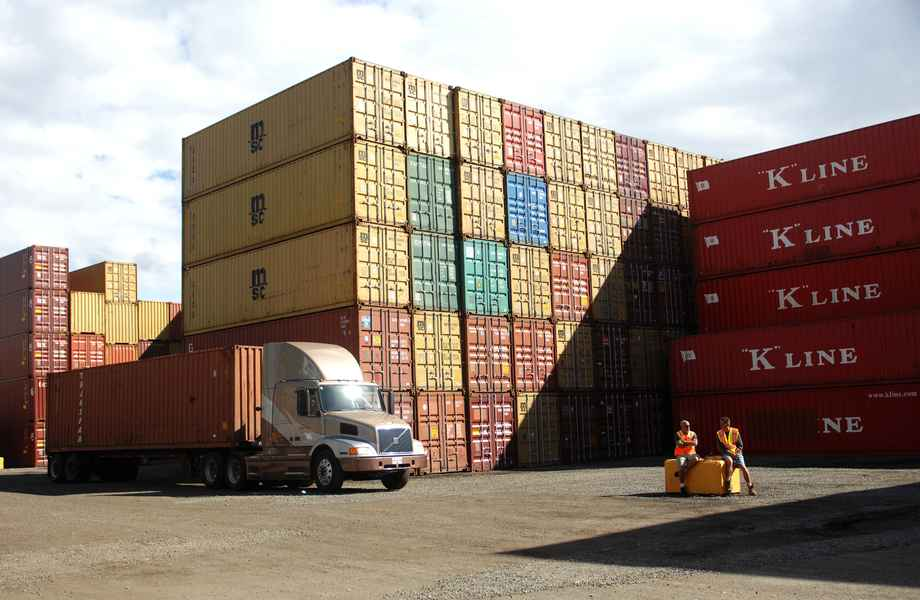 difference between transloading services and intermodal
