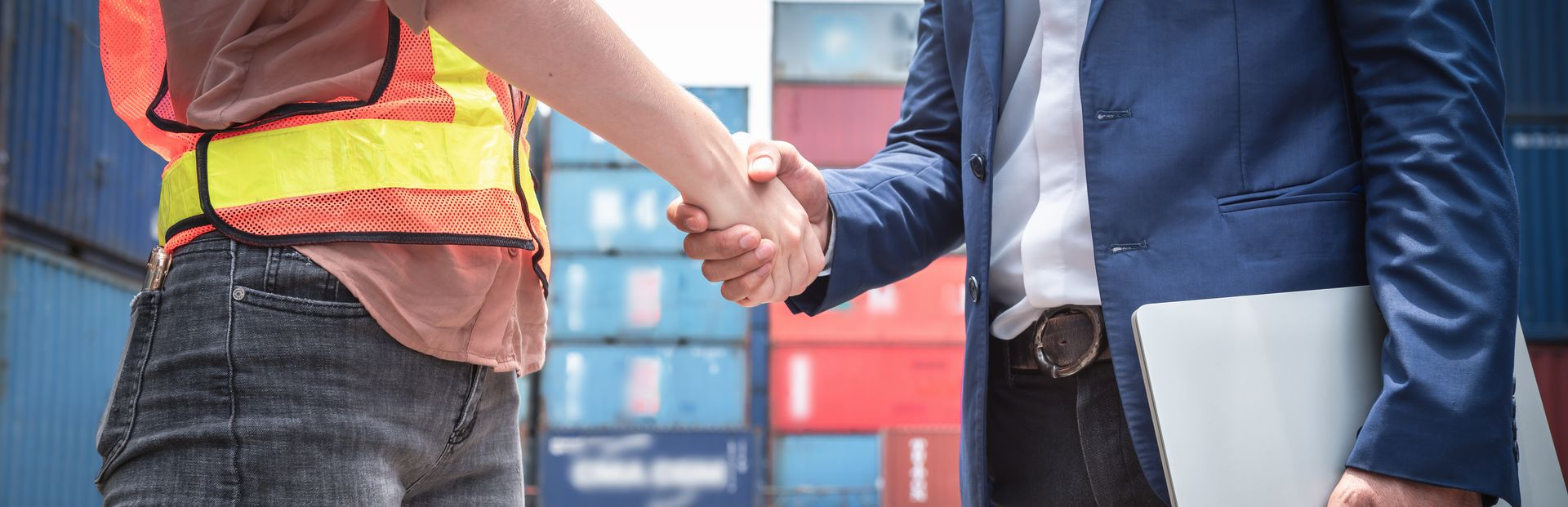 Advantages of third party logistics